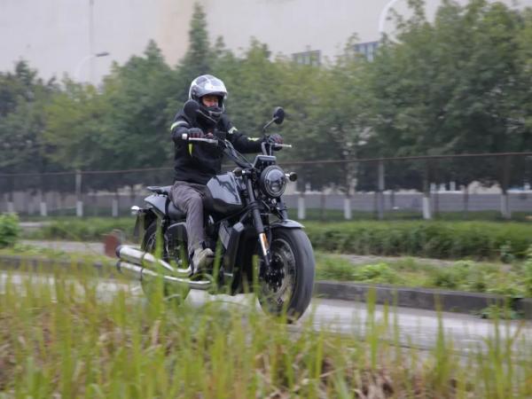 摩疆MJ917骑行视频