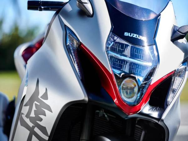 21款铃木隼正式发表电控全面升级190匹