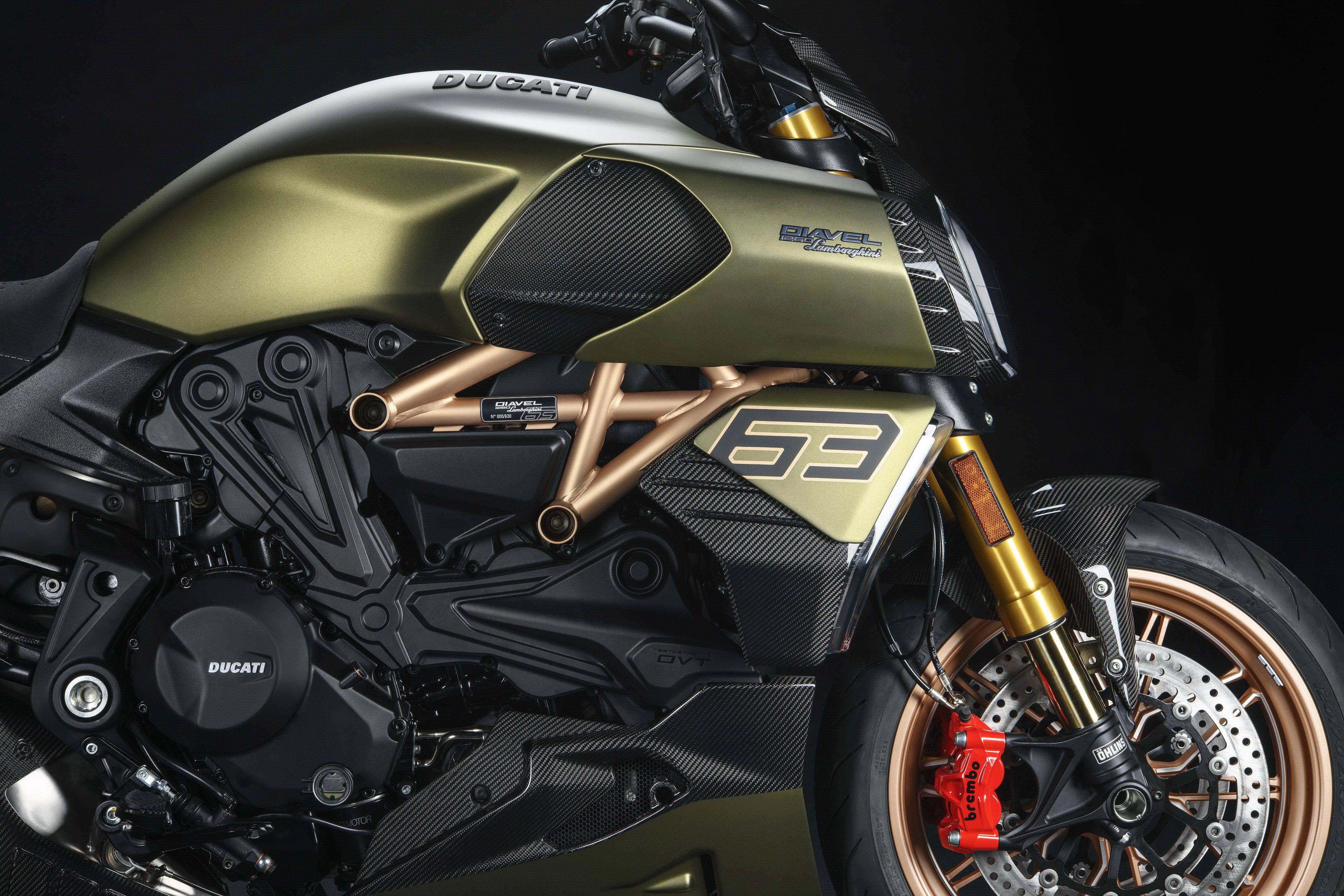 杜卡迪 Ducati魔鬼Diavel杜卡迪 2021 Diavel Lamborghini 魔鬼�m博基尼版