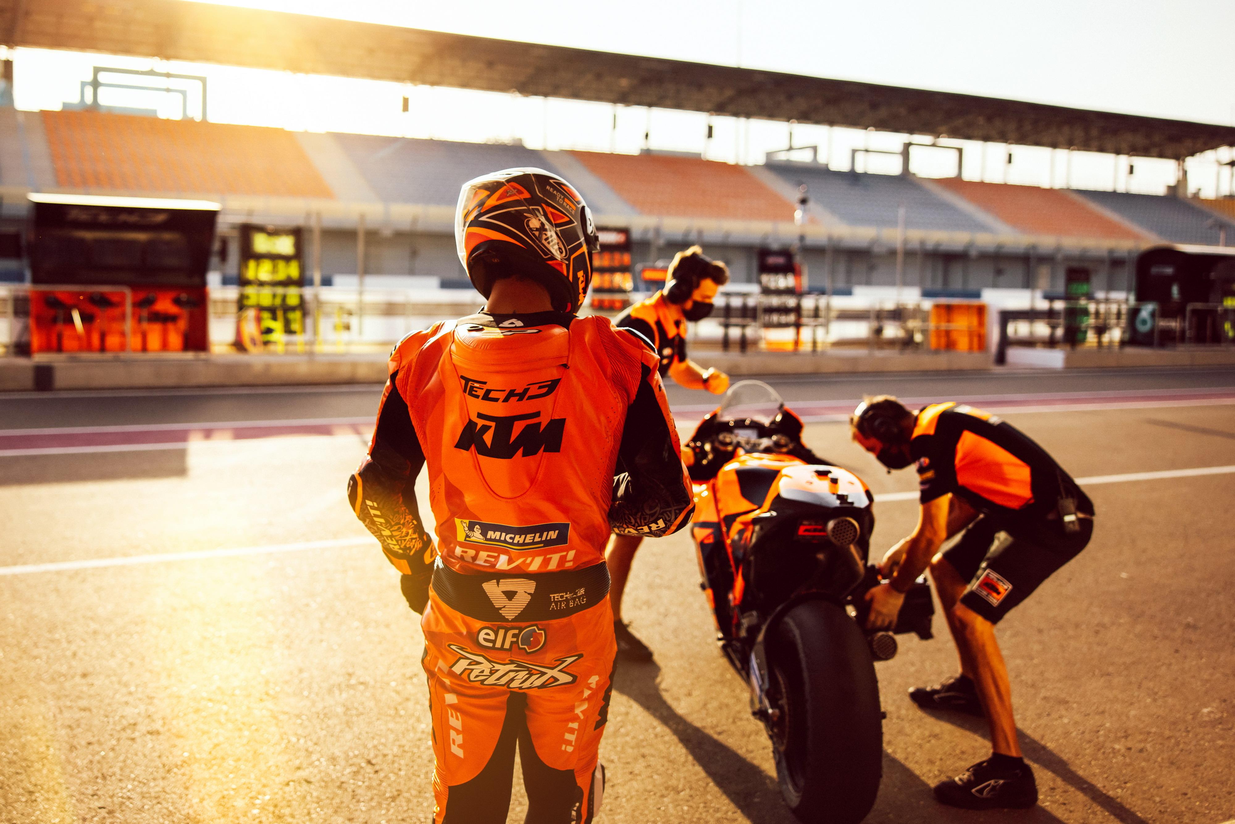 2021 MotoGP:卡塔��季前�y�、Tech3 ��篇