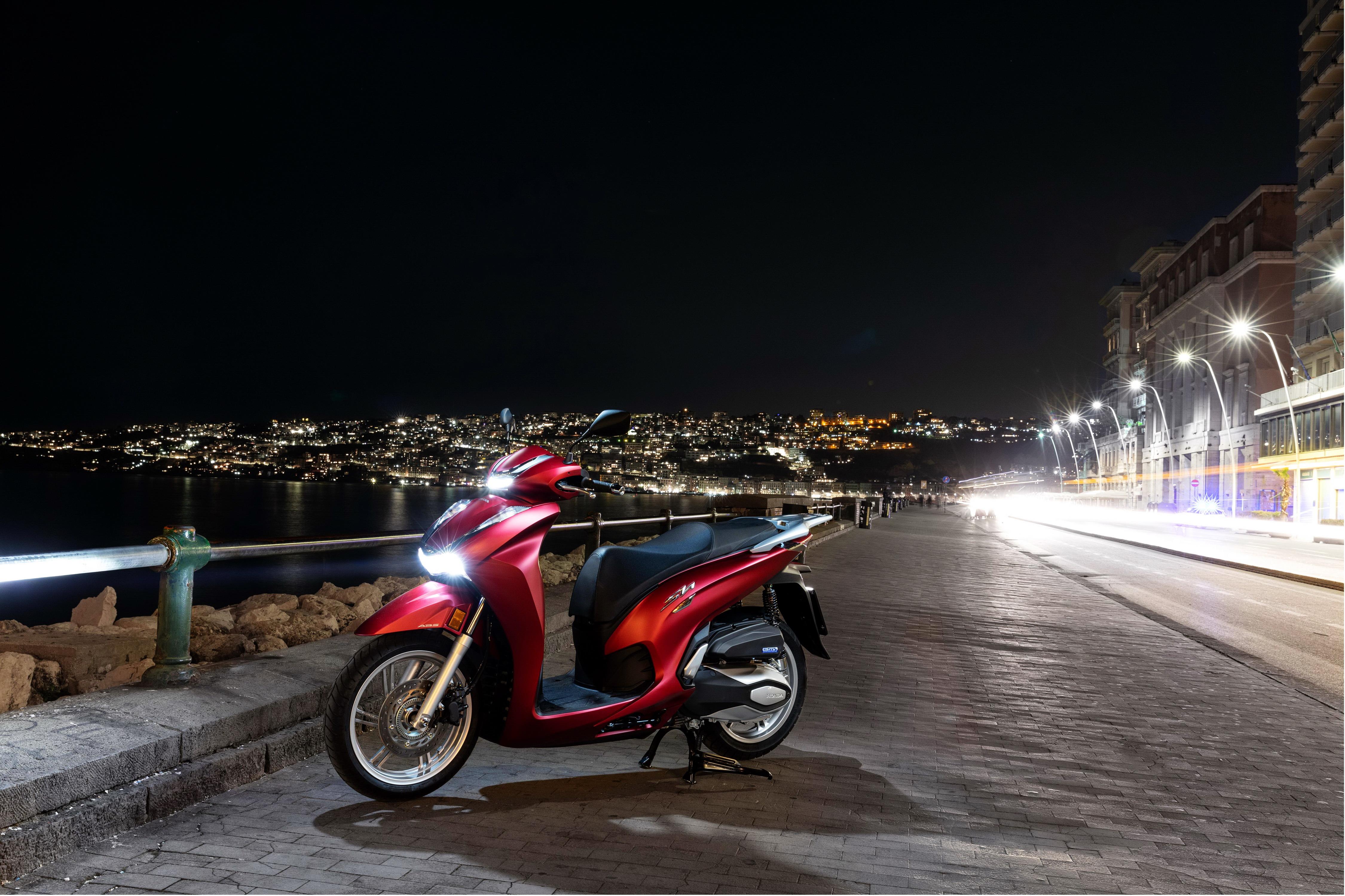 本田 HondaSH350i�敉馓��:Honda 2021 SH350i �W洲版