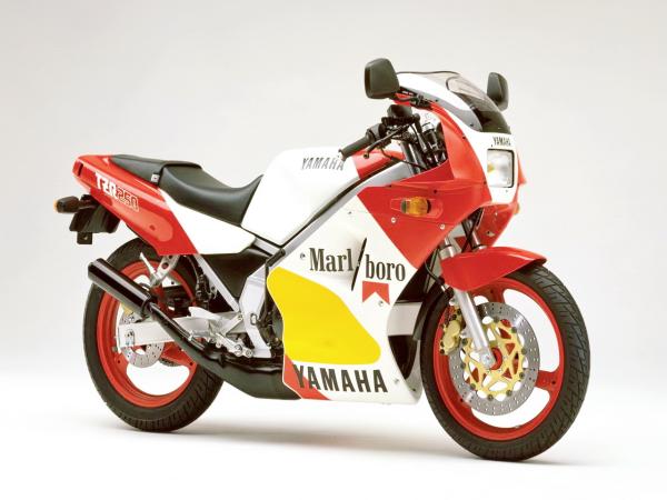 �型�v史�D�欤�Yamaha TZR250 第一代