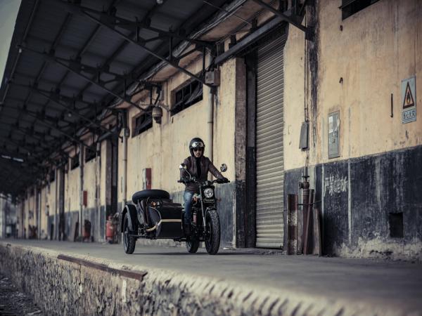 银钢悍路者二代经典复古版 YG300B-A银钢悍路者二代经典复古版 骑行更自在!