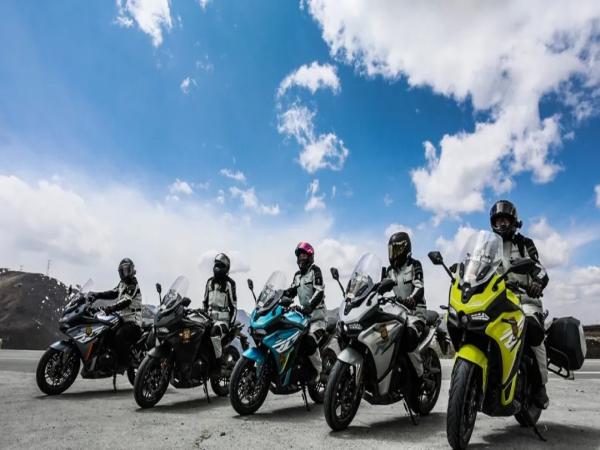 RG3大国风光:一个人骑得快,一群人才骑得远