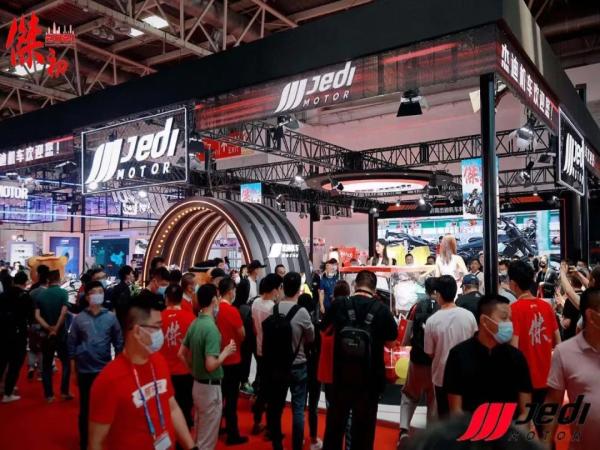北京摩展|杰迪揭幕��750等三款新车