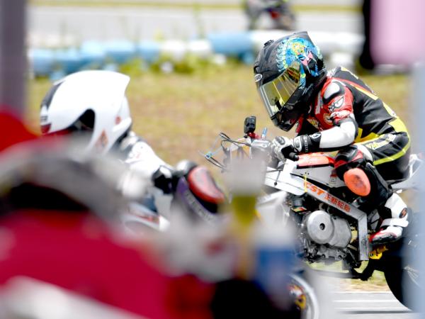 冠军特写:伟业达 GP 大湾区摩托车大赛、小童 B 组 韩斐然
