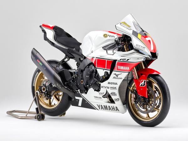 以��展�F�a品的��越性,Yamaha WGP 六十周年版 R1 ��