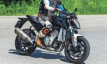 KTM又要推出990 Duke了?