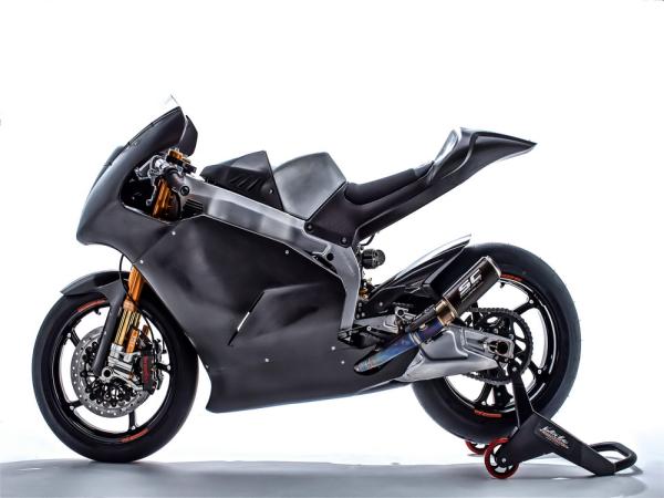 Suter MMX2、在售的直列四缸 Moto2 赛车(CBR 版)