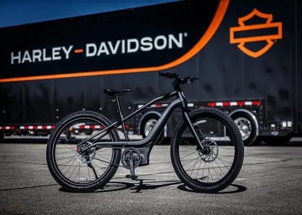 哈雷首款电动自行车发布 2.5万起续航185公里!