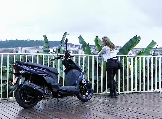 又美又飒的小踏板,三阳CROX RX