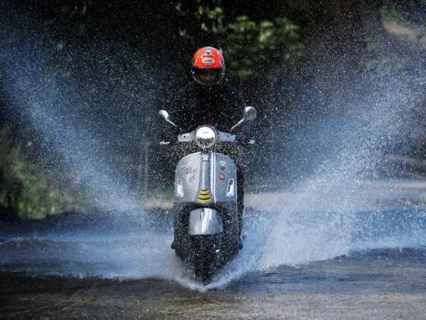 纵有风雨,无畏高山,Vespa GTS 300 Super Tech秦岭环线骑行活动完满成功